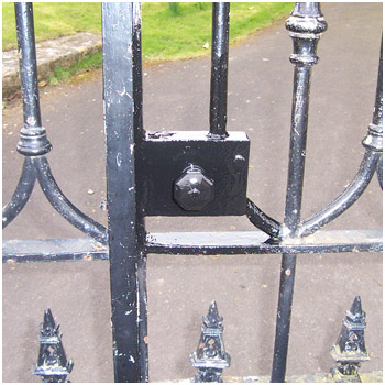 Gates and locks fully restored